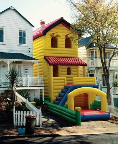 bouncy house, house!
