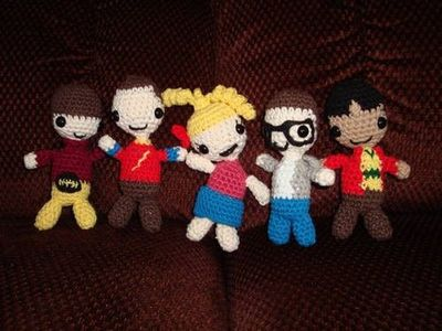 Big Bang Theory crochet amigurumi dolls (free crochet pattern) :)