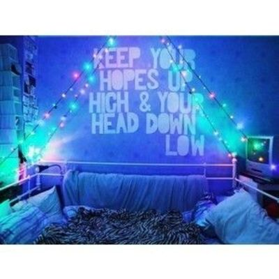 love christmas lights future bedroom daybed
