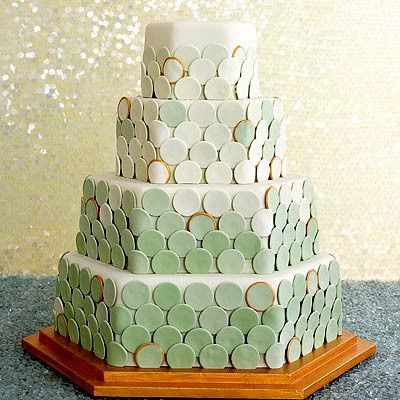 Hexagonal fish scale cake?