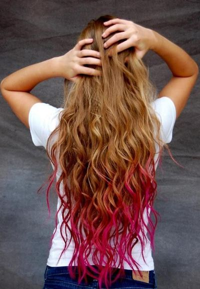 My favorite trend is dip dying your hair. I think it's cool. I don't really know why it is my favorite trend.