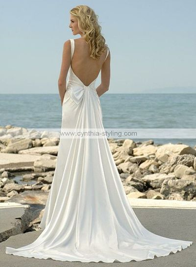 Simple backless wedding dress...love. / gowns - Juxtapost