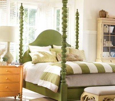 Green poster bed striped bedding for the bedroom juxtapost - Bedspreads for four poster beds ...