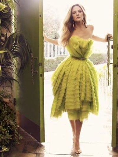 Dior haute couture belted organza dress gowns juxtapost for Haute couture photoshoot
