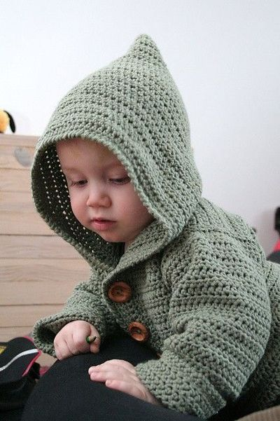 Hoodie Knitting Pattern For Babies And Toddlers : free pattern: baby hoodie / crochet ideas and tips - Juxtapost