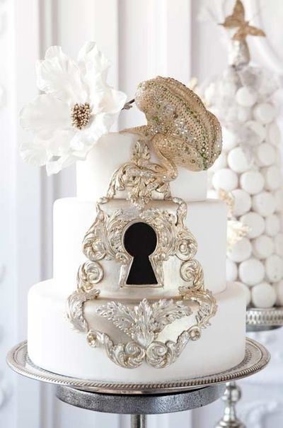 key to my heart theme? cake. / wedding cakes - Juxtapost