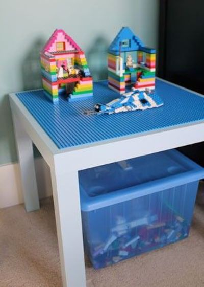 Lego table out of ikea lack table with 4 base plates glued for Table lego ikea