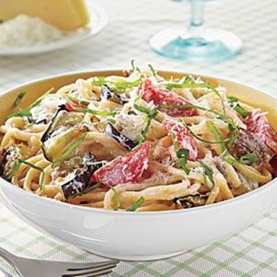 Spaghetti with eggplant, ricotta and tomatoes