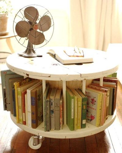 Cable reel bookshelf coffee table