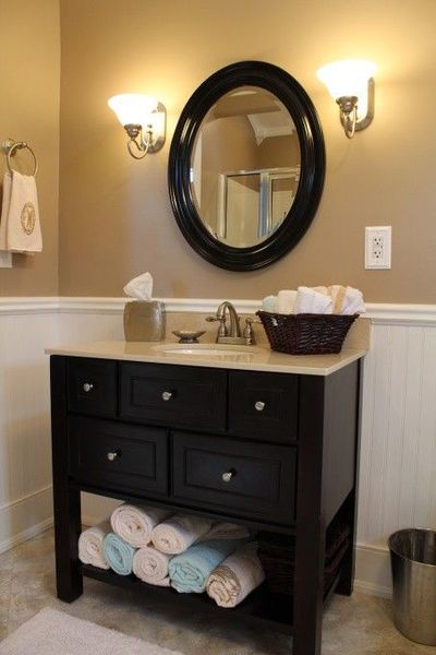 Tan and white bathroom bath ideas juxtapost for Bathroom ideas tan