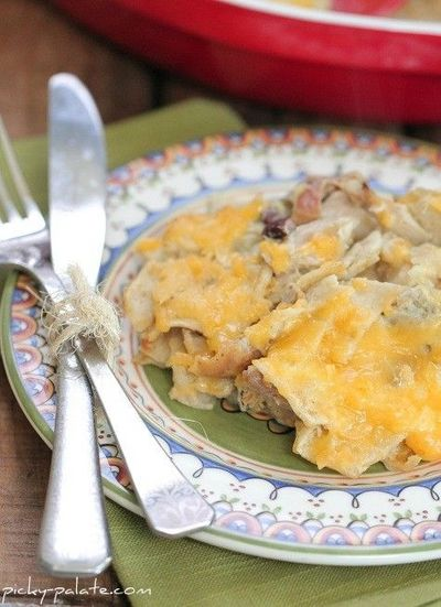 Tasty Tidbits~: Green Chili Enchilada Bake