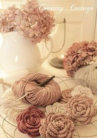Crocheted roses - vintage looking