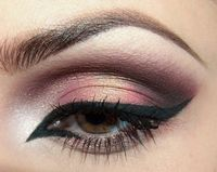 Love the pink and brown with a little gold, just not digging the eye liner.