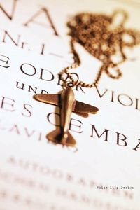 Fly me to the moon Pendant