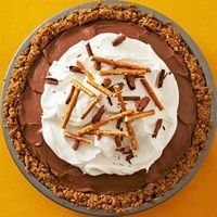 Chocolate-Covered Pretzel Pie