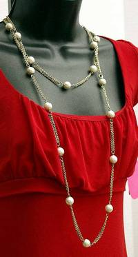 """$16 - 72"""" long - Single Strand Vintage Goldtone Chain with Pearls Retro art deco faux pearl long gold tone chain Can be overlapped to create mutiple strands Condition - Excellent Vintage FREE STANDARD SHIPPING INCLUDED"""