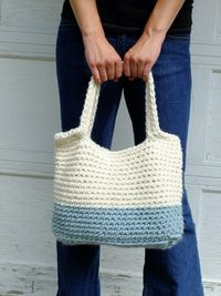 Remera Tote by QuimsyCo on Etsy, $49.00