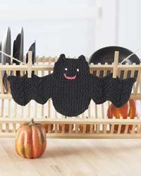 Crochet Bat dishcloth Almost makes me want to do dishes.