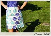 DIY flower skirt from starsforstreetlights.com