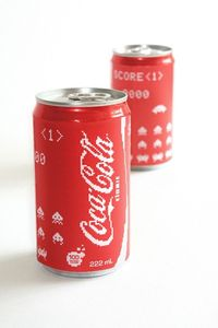 Coke cans inspirated by Space Invaders.